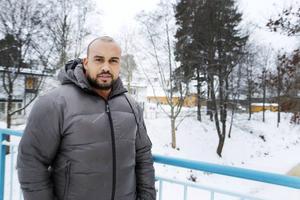 Hatim Abu Rweilhe är ny moderatpolitiker i Sandviken. Från och med årsskiftet är han andre vice ordförande i individ- och familjeomsorgen.