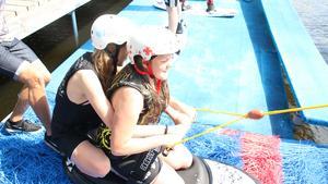 13-åriga Nikita och 14-åriga Alicia valde att åka tillsammans.
