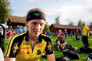 Om några veckor får Tove Alexandersson, 18 år i tisdags, göra debut i seniorlandslaget i världscupen.