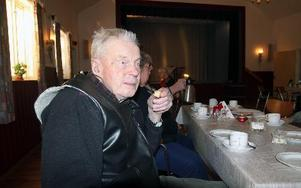 Snart 96-årige Sven Halvarsson har varit en trogen gäst sedan verksamheten startade.