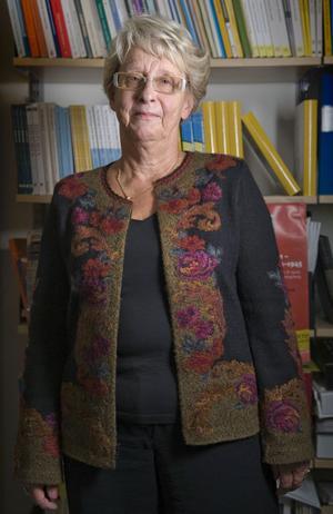 Hittills är Birgitta Almgren den enda som fått tillgång till arkiven i större skala. Beatrice Ask har, med anledning av debatten, just inlett samtal med riksdagspartierna om huruvida arkiven ska öppnas för forskare och berörda privatpersoner.