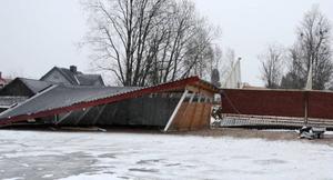 Stormen Ivar slog omkull den här garagelängan i Gäddede. Den delen av Jämtland är emellertid inte värst drabbat den här gången