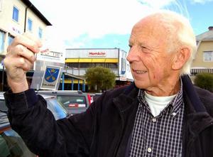 Bertil Persson, 81, fick sin företagaridé i drömmen och den har han gjort till verklighet, åldern till trots. Foto:Anders Mojanis