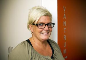 Barnmorska Charlotte Ridling och hennes kollegor på ungdomsmottagningen i Gävle har öppet under hela sommaren. Hit kommer unga från Gävle men också från grannkommuner och övriga delar av landet.