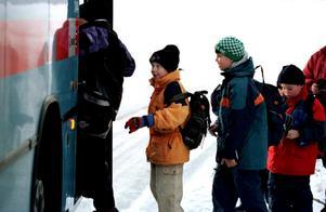 Fungerar inte. Många problem är förenade med att busspendla, och resenärerna får inte gehör för sin kritik. Arkivbild: NA