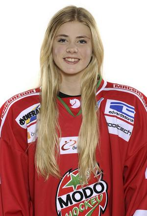 Ronja Mogren, numera i Modo Hockey junior, kommer att spela OS-turnering under Ungdoms-OS i Lillehammer.