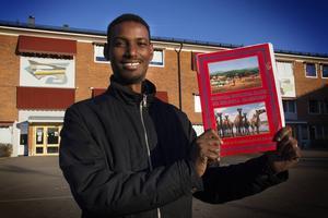 Haret Ismail Karbat undervisar i somaliska, ett språk som präglats av både arabisk, brittisk och italiensk kultur.