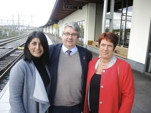 Artikelförfattarna Roza Güclü Hedin (S), Hans Unander (S) och Maria Strömkvist (S). På bilden saknas Patrik Engström (S).