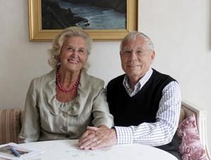 Rigmor och Sture Stridsberg i Arboga firar 60-årig bröllopsdag.