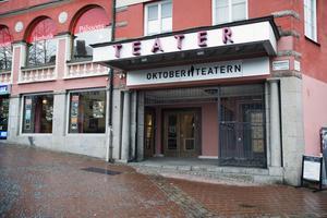 Oktoberteatern håller till i Castorhuset på Slussgatan.