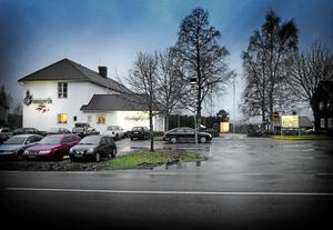 Kan gamla Brunnsviks folkhögskola bli ny arbetsplats för kommunala tjänstemän? Det tror Lars Handegard (V)och får nu stöd av en majoritet i social- och utbildningsnämnden så tillvida att frågan bör utredas.Foto: Peter Ohlsson/Arkiv