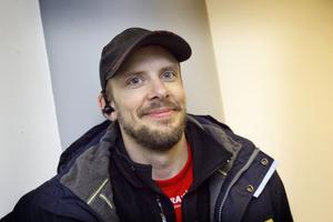 Servicetekniker Ulf Holmsten från Nansta i Forsa tyckte att det kändes bra att jobba under helgerna, när det var lite lugnare på jobbet.