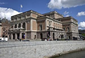 Kungliga Operan vid Gustaf Adolfs torg i Stockholm ska byggas om för två miljarder. Regeringen beviljar 188 miljoner till projekteringen. Arkivbild.