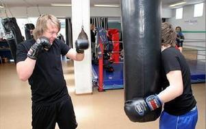 -- Riktigt kul, sa Oscar Göthberg om att få prova på boxning.FOTO: MIKAEL ERIKSSON