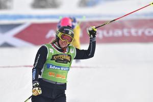 Sandra Näslund, åter på pallen men nu som tvåa.