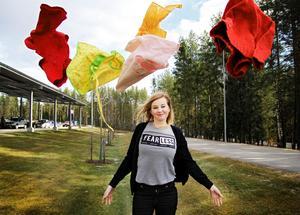 Frida Löberg hoppas att folk börjar tänka om när det gäller konsumtion och lägga fokus på framtiden.