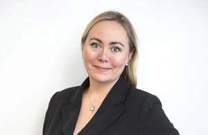 Anita Jacobson, krönikör.