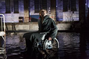Kalle Zerpe från Skottes medverkar i så gott som varje scen i den drygt tre timmar långa föreställningen.   Foto: Martin Skoog