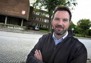 Per Nordenstam, tidigare kommunchef i Tierp är en av de folkbokförda i Älvkarleby som tjänade mest.