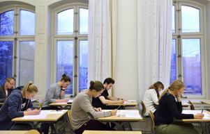 74 718 personer genomförde Högskoleprovet i början av april. Bara 62 lyckades få 2.00.
