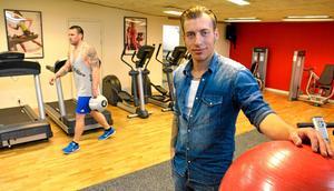 Äntligen i gång. – Nästa steg under hösten är att göra ordning ett yogarum, säger Daniel Andersson.
