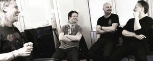 The Summit: Björn Höglund, trummor, Michael Klemmé, sång och gitarr, Lars Ericsson, bas och Mats Karlsson, gitarr och sång.