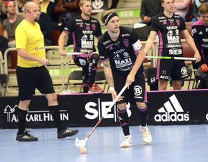 Rasmus Enström tvingades stå över bortamatchen mot Helsingborg på grund av sjukdom.