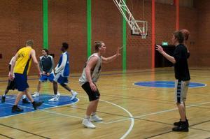 Två norska landslagsspelare är på plats i Östersund för att provträna med Jämtland  Basket. Anders Stien (mitten) och Stian Mjøs tyckte att det skulle bli spännande.
