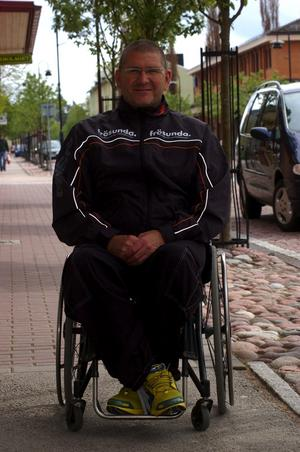 Vinnare. Simmaren Anders Olsson kommer att högtidstala under årets simmargudstjänst i Vansbro kyrka den 7 juli. En vinnare som tagit sig från att vara ett vårdpaket och upp till toppen av idrottseliten.
