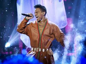 Jon Henrik Fjällgren stod bakom ett av bidragen i Melodifestivalens tredje deltävling i Östersund.