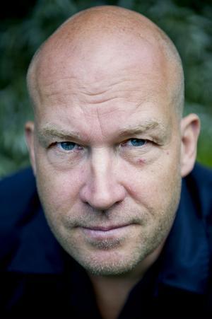 För Magnus Mark är sillsallad och Karl-Bertil Jonsson jul.