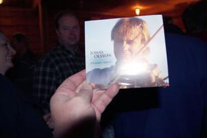 Jonas Olsson - spelman i Järvsö, heter skivan, som Jonas jobbade på när han gick bort och som nu gjorts klar.