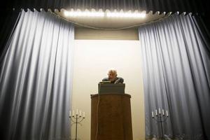 Äntligen stod berättarkungen Ekerwald i talarstolen. Han berättade minnen från sin uppväxt i Offerdal.
