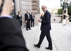 Carl Bildt (M), anländer till Riksdagshuset inför riksmötets öppnande i fjol