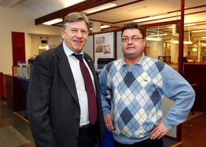 Gunnar Nord på Nordbanken tillsammans med sin arbetskamrat Gunnar Nord.   Foto: Jan Andersson