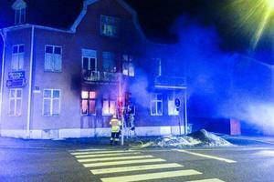 Troligen var det sängrökning som orsakade branden.