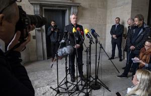 KÖPENHAMN 20171007 VVice polisinspektör Jens Møller håller på lördagen presskonferens med anledning av utredningen av den svenska journalisten Kim Walls död.