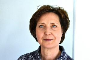 Dejta kvinnor i rebro Sk bland tusentals kvinnor i rebro