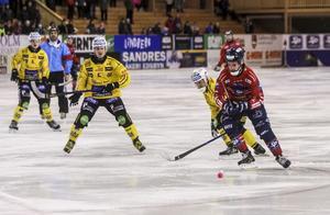 Mattias Hammarström avgjorde hälsingederbyt mot Broberg med sina tre mål på tisdagskvällen.