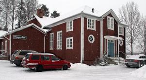 På lördag den 17 december blir det åter julkonsert med Britt Bern i Byagården, Runemo. Kul i jul heter årets konsert.