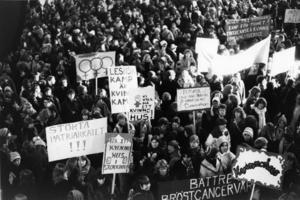Vi behöver fortfarande demonstrera på 8 mars.