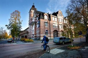 Nästa år kommer i gamla brandstationen i Östersund att finnas restaurang, studentboende och en mängd företag. Totalt finns en lokalyta på 6 000 kvadratmeter. Flera företag visar nu intresse av att få flytta in i lokalen.