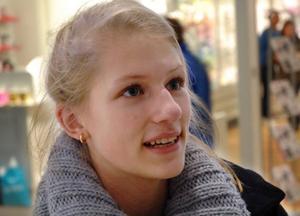Jennifer Nordlöf, 16 år, Ås:– Jag minns fotbollen. Speciellt Gothia cup i Göteborg, där lärde jag känna många nya människor.