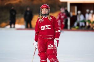 Söråker och vassa målskytten Olga Rodionova fick kliva av isen utan att ha fått hål på NT-bandys målvakt Ebba Fridlund.
