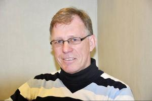 Militärlandslagets tränare Staffan Oscarsson berättar att VM i Brasilien kantades av både krig och översvämningar.