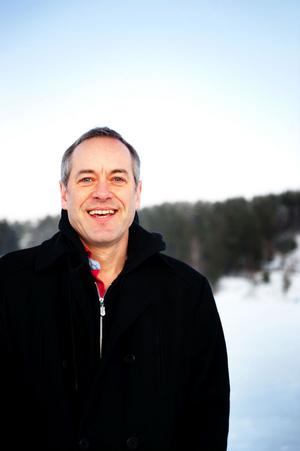 Inför valet 2010 var Bruno Kaufmann medlem i både Miljöpartiet, som han återfanns på valsedlar för, och Socialdemokraterna.