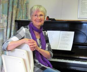 Karin Green vid pianot. Foto: I-M Kullander.