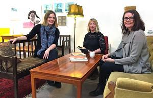På Internationella kvinnodagen öppnar Jessica Forsling, Hanna Eklund och Helena Öberg sin litterära salong dit alla är välkomna.