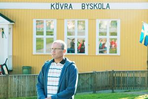 PO Larsson, rektor på Kövra friskola, ser ljust på framtiden trots de nya tuffa villkoren.