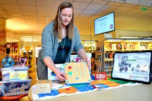 Just nu håller Jonna Steinrud och hennes kollegor på biblioteket i Säter på att ställa i ordning länets första Fixotek där invånarna ska kunna lära sig mer om digitala verktyg, robotar, skapande och byggande.
